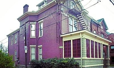 Building, 118 W Oak St, 0