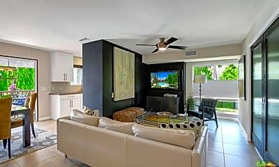 Living Room, 5205 E Waverly Dr, 1