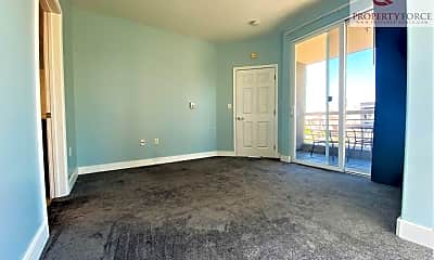 Living Room, 851 Van Ness #303, 2
