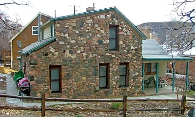 Building, 715 Arapahoe St, 1