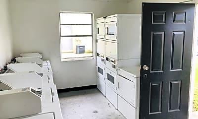 Kitchen, 12202 N 15th St, 2