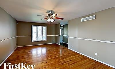 Living Room, 80 Broadmere Dr, 1
