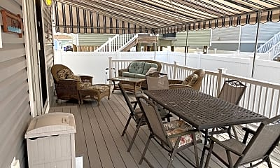 Patio / Deck, 219 3rd Ave, 2