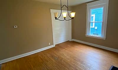 Living Room, 2406 S Wayne Ave, 1