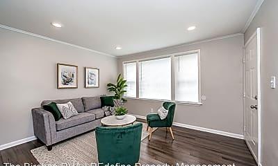 Living Room, 1304 W Graham Rd, 1