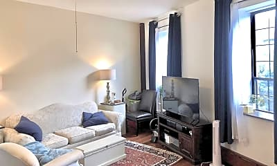 Living Room, 760 E Passyunk Ave, 1