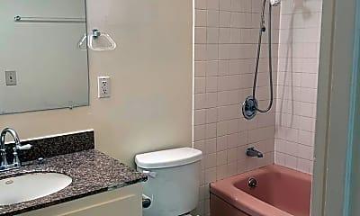 Bathroom, 185 Athol Ave, 1