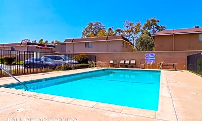 Pool, 16643 Bloomfield Ave, 2