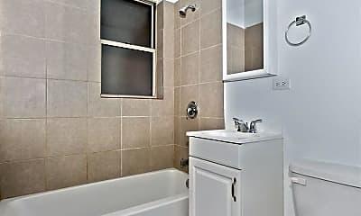 Bathroom, 7915 S Hermitage Ave, 1