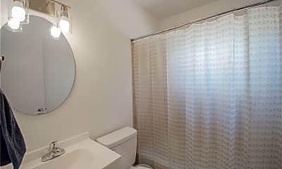 Bathroom, 505 Northside Dr, 2