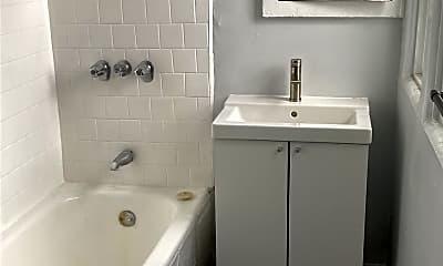 Bathroom, 170 S Mountain View Ave, 2