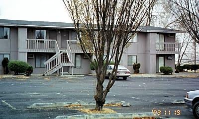 Building, 523 W Crest Dr, 0