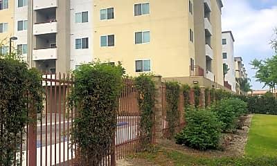 Calden Court Apartments, 2