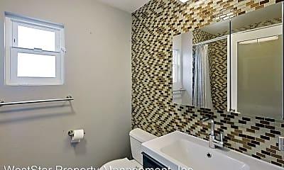 Bathroom, 11910 Venice Blvd, 2