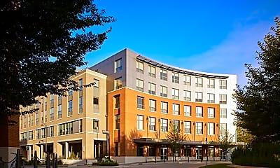 Building, 1 Uptown Circle, 1