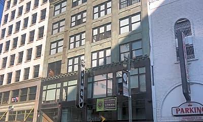The Broadway Lofts, 2