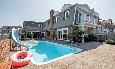 Pool, 103 S 21st Ave, 0