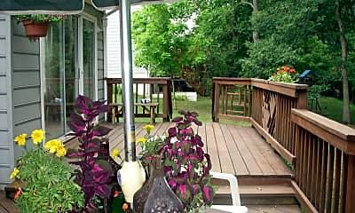 Patio / Deck, 424 Lawford Dr SW, 2