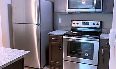 Kitchen, 2940 Hwy 31 W, 1