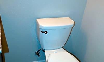 Bathroom, 1000 Capitol St NE, 2