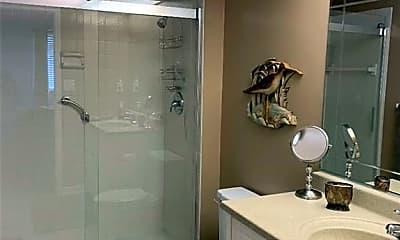 Bathroom, 1739 Golf Club Dr 6, 2