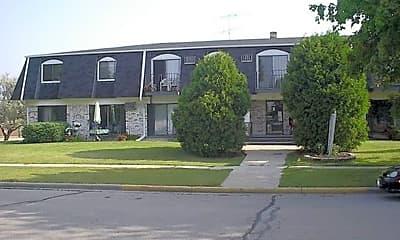 Building, 513 Windsor Ct, 1
