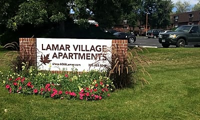 Lamar Village, 1