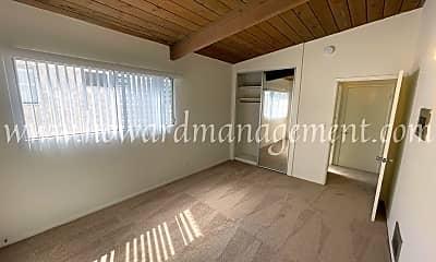 Living Room, 3645 Vinton Ave, 2