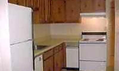 Kitchen, Cinnamon Ridge, 2