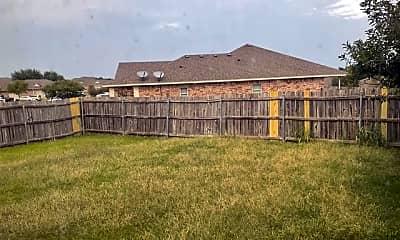 Building, 800 Quarter Horse Trail, 2
