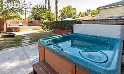 Pool, 6636 Yarmouth Ave, 2