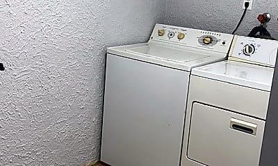 Bathroom, Valleyfield ct, 2