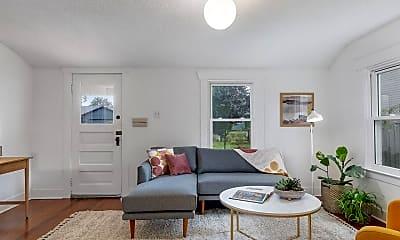 Living Room, 3205 NE 74th Ave, 1
