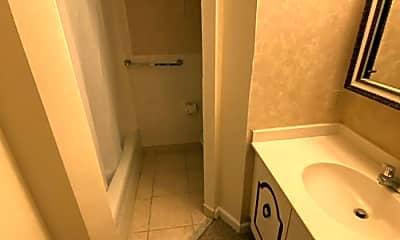 Bathroom, 333 Massachusetts Ave, 2