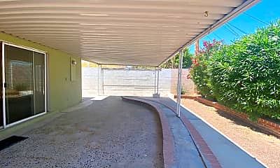 Patio / Deck, 5416 Doe Ave, 2