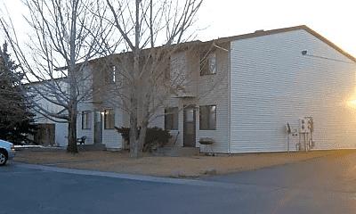 Building, 3285 Roosevelt Way, 1