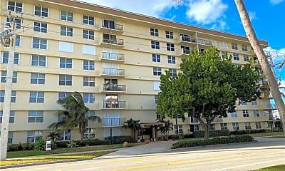 Building, 1009 N Ocean Blvd 405, 1