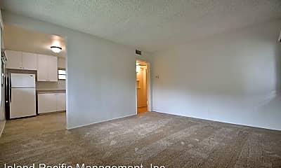 Living Room, 1633 E Maple Ave, 1