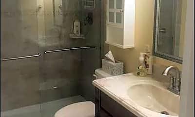 Bathroom, 1437 N Atlantic Ave, 1
