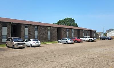 Brook Hollow Apartments, 1