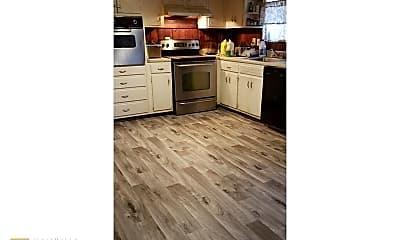 Kitchen, 3731 W Potomac Dr, 1