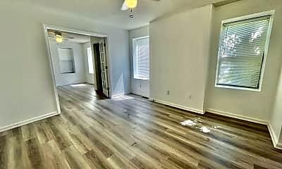 Living Room, 1013 Benton Blvd, 0