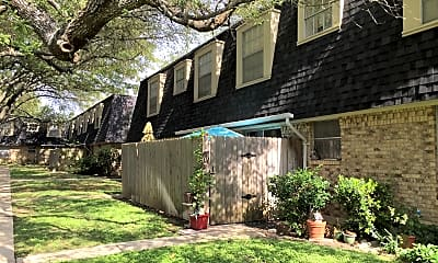 Oak View Apartments, 2