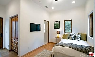 Bedroom, 2733 Belden Dr, 2