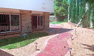 Building, 7328 Mission Viejo Dr, 2
