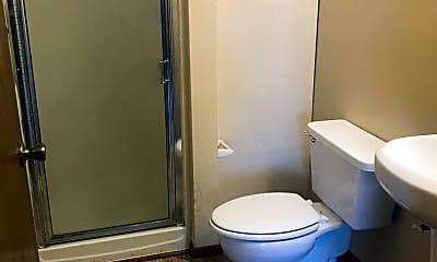Bathroom, 1411 Roosevelt Ave, 2