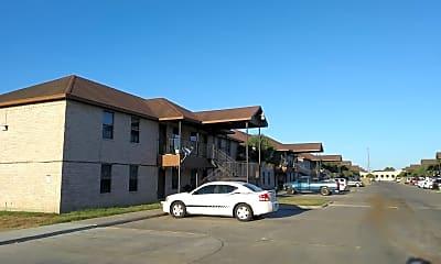 Marr Apartments, 1