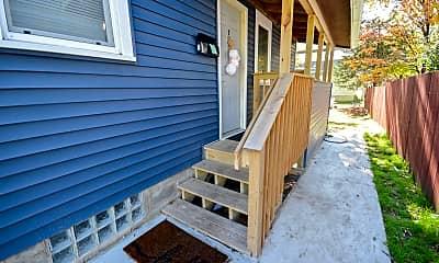 Patio / Deck, 226 11th St SE, 1