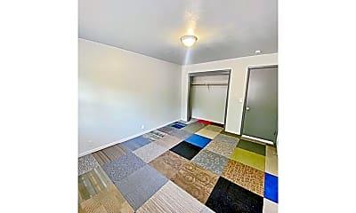 Bathroom, 1110 N 48th Ave, 2
