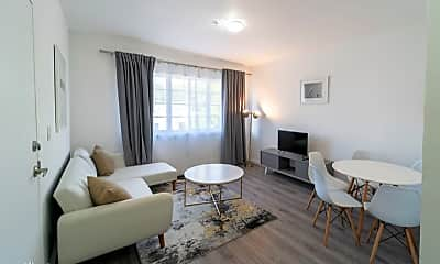 Living Room, 700 Meridian Ave, 0